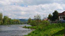 Dorf Ivachnova mit unseren Häusern rechts