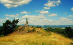 Gipfel Muzsky - Schlachtdenkmal zu Fuß ab Haus erreichbar 1866