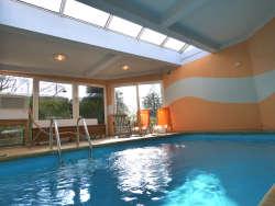 beheizter Innen-Pool ganzjährig in Betrieb - 30 Grad warm